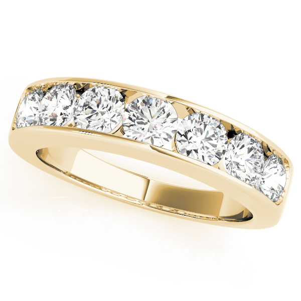 Yellow Gold Round Brillant band